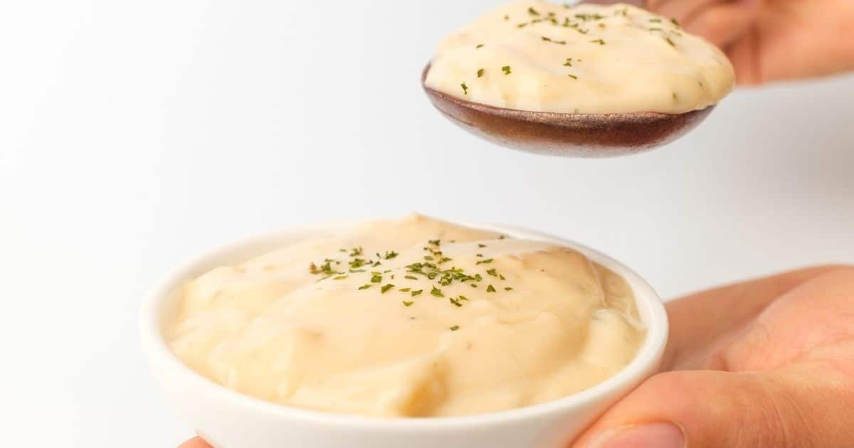 An image of a creamy cheese sauce