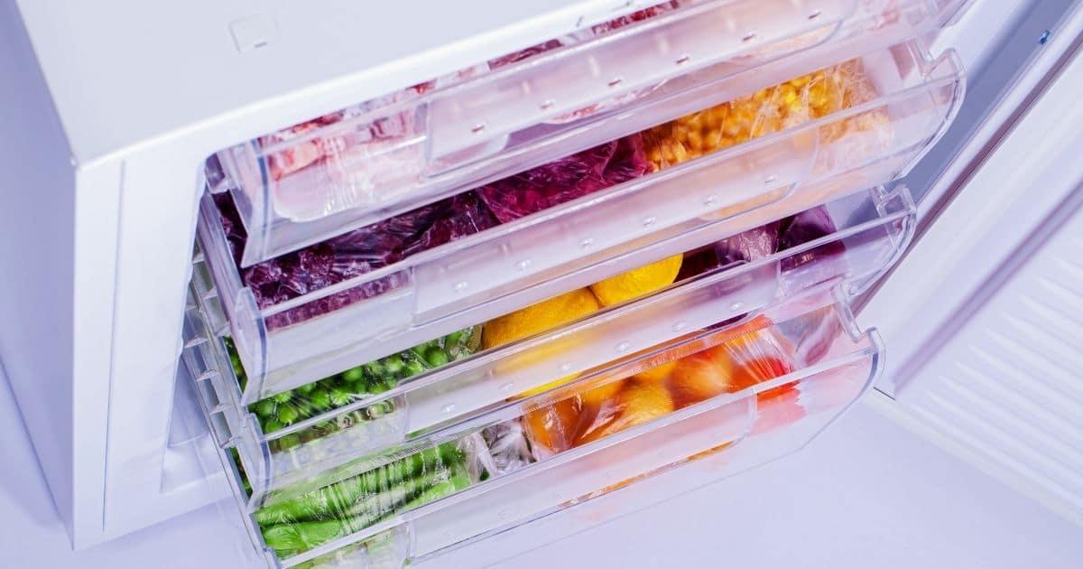 Freezer draws open