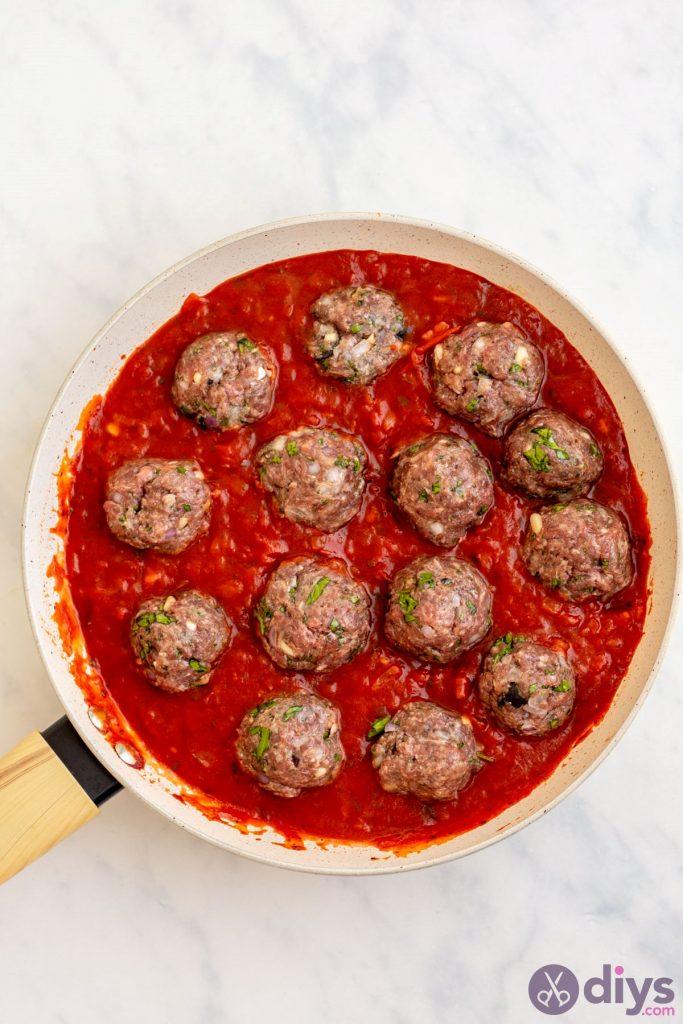 Baked cheesy keto meatballs 3