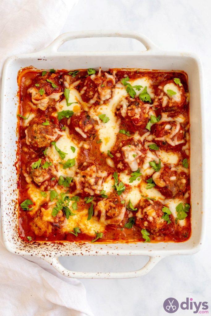 Baked cheesy keto meatballs 6