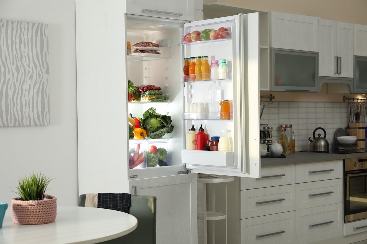 thaw frozen orange juice in fridge
