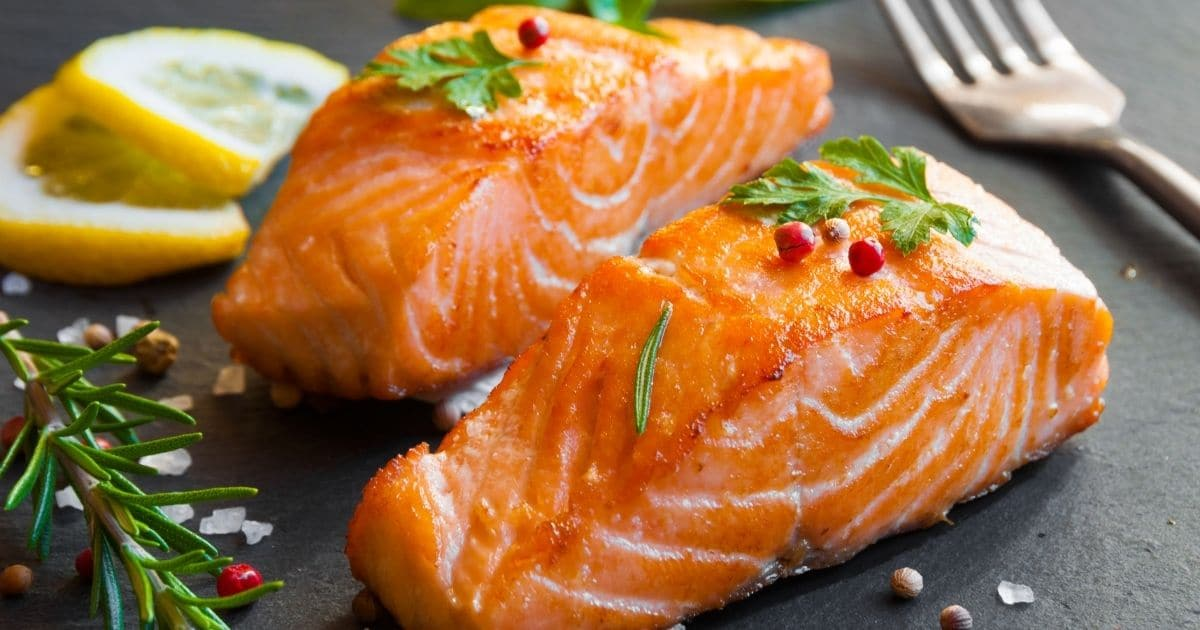 Can you freeze cooked salmon?