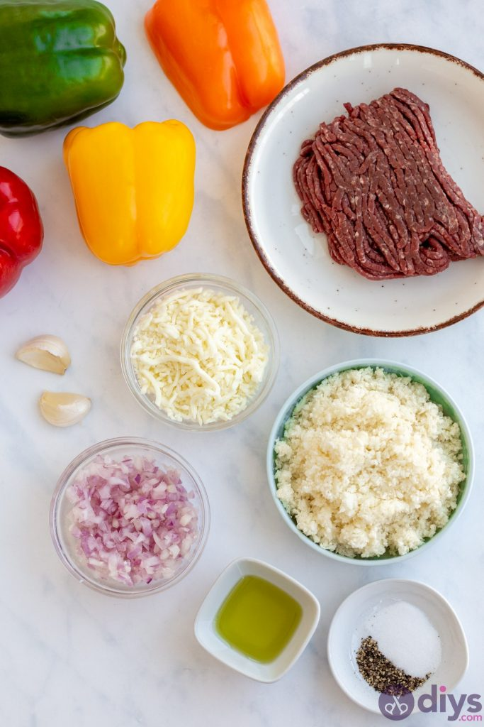 The ingredients you for keto stuffed bell peppers: