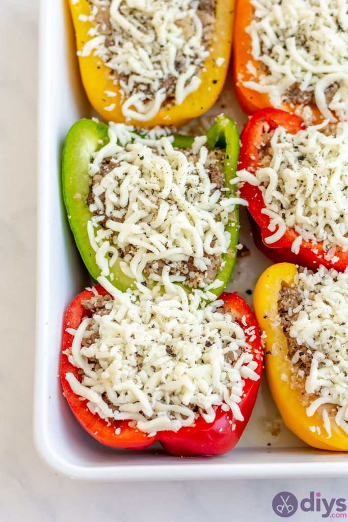 Keto stuffed bell peppers 7