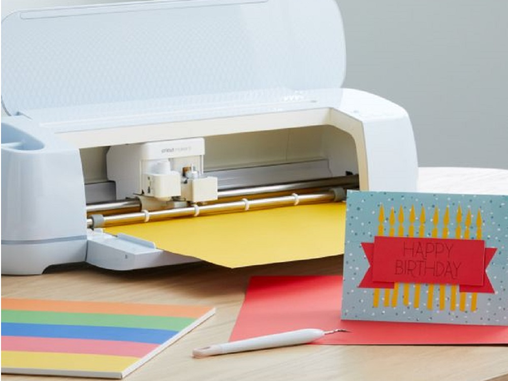 How to use cricut maker 3 featured
