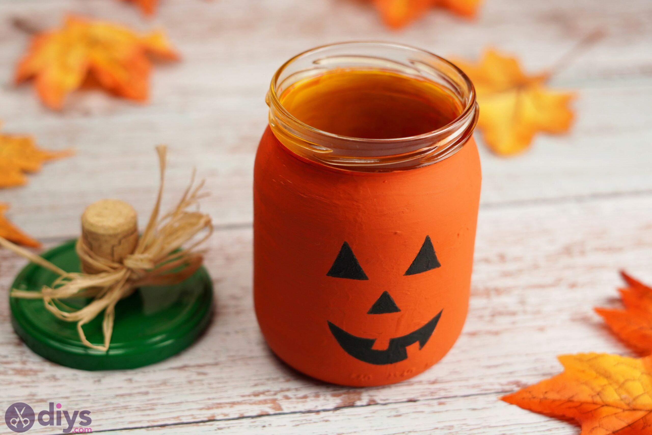 Halloween Mason Jar Pumpkin