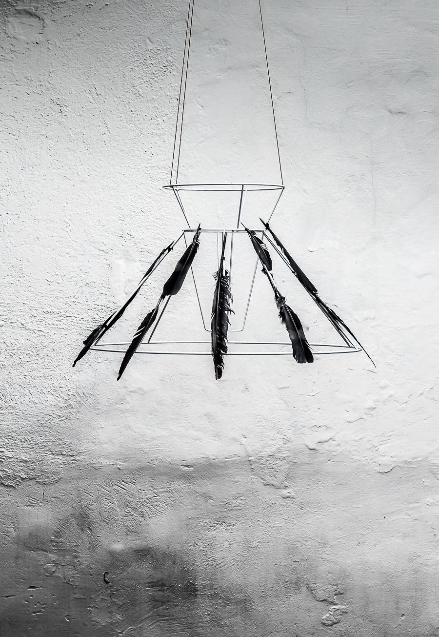 Spooky halloween decorations black feather chandelier