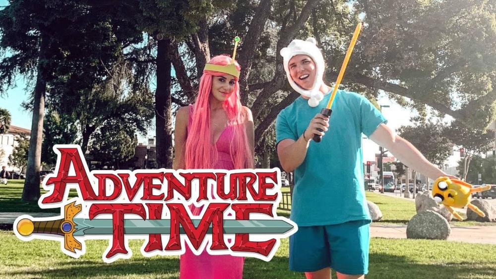Finn the human and princess bubblegum from adventure time couple costumes